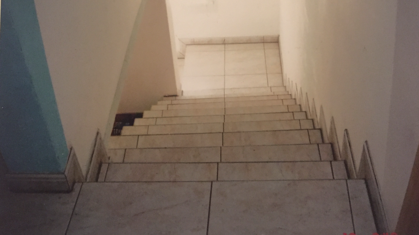 Pose de carrelage sur escalier en béton Activ Renovation Strasbourg 67