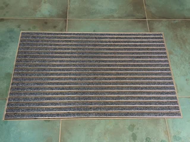Pose de tapis hall d'immeuble  Activ Renovation Lauterbourg 67