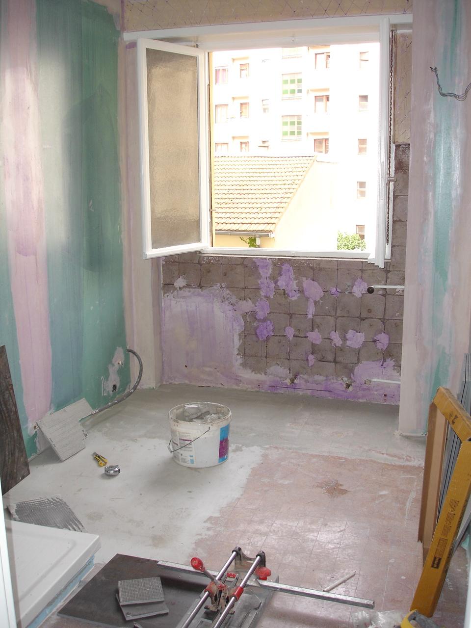 Coller plaque de plâtre hydro dans salle de bain Activ Renovation Strasbourg 67