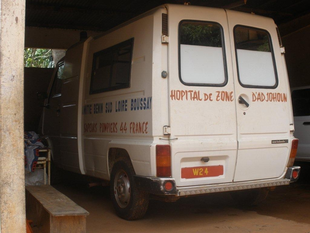Ambulance de l'hôpital d'ADJOHOUN