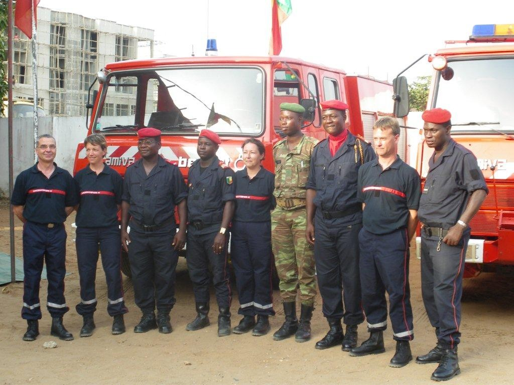 Les véhicules de Sapeurs Pompier ... remise officiel