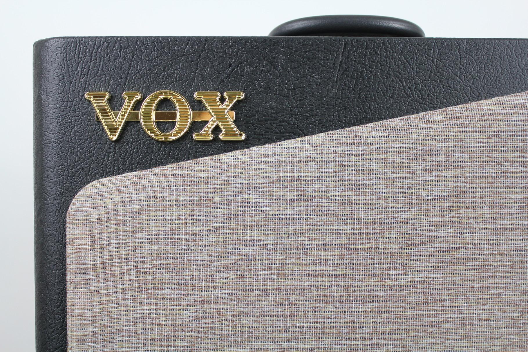 VOX AV 15