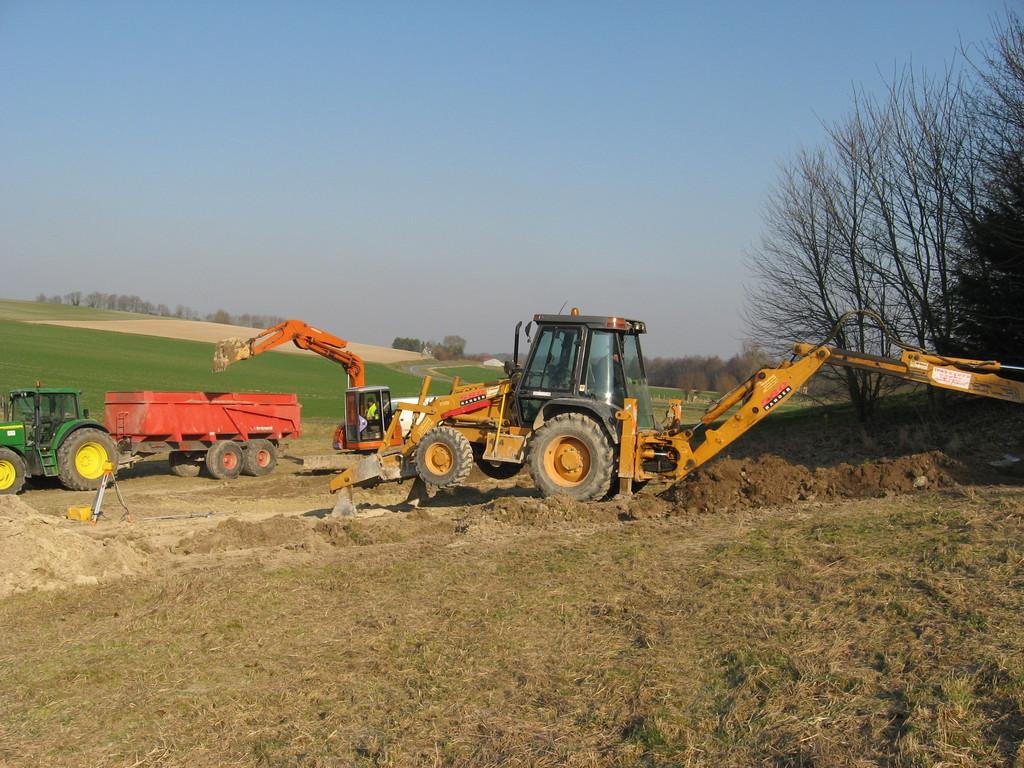 02/02/2012 terrassement de l'emplacement de la roulotte 2
