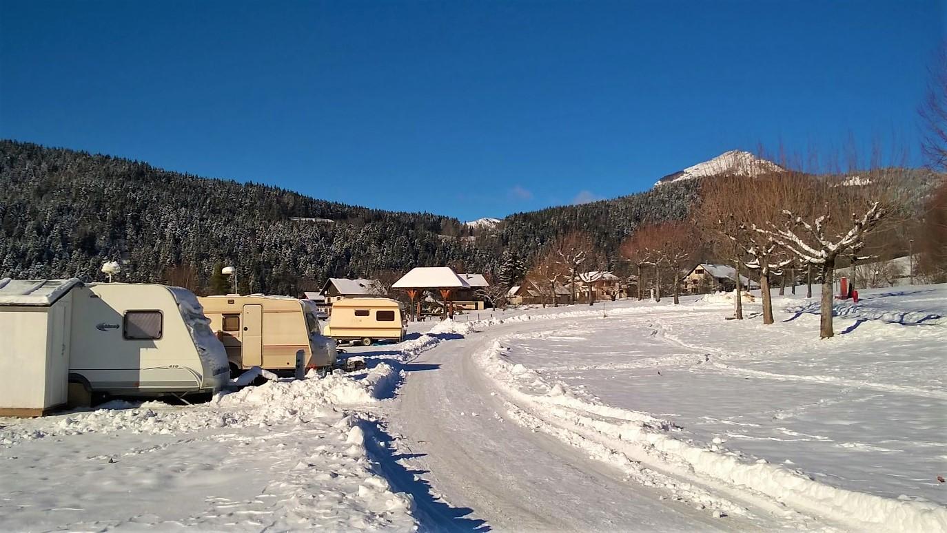 Caravaneige au camping du Sappey