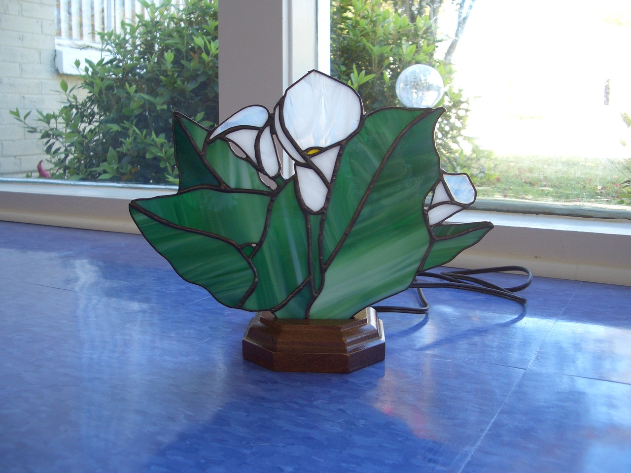 Arum Lily Stained Glass Tiffany Style Fan Lamp