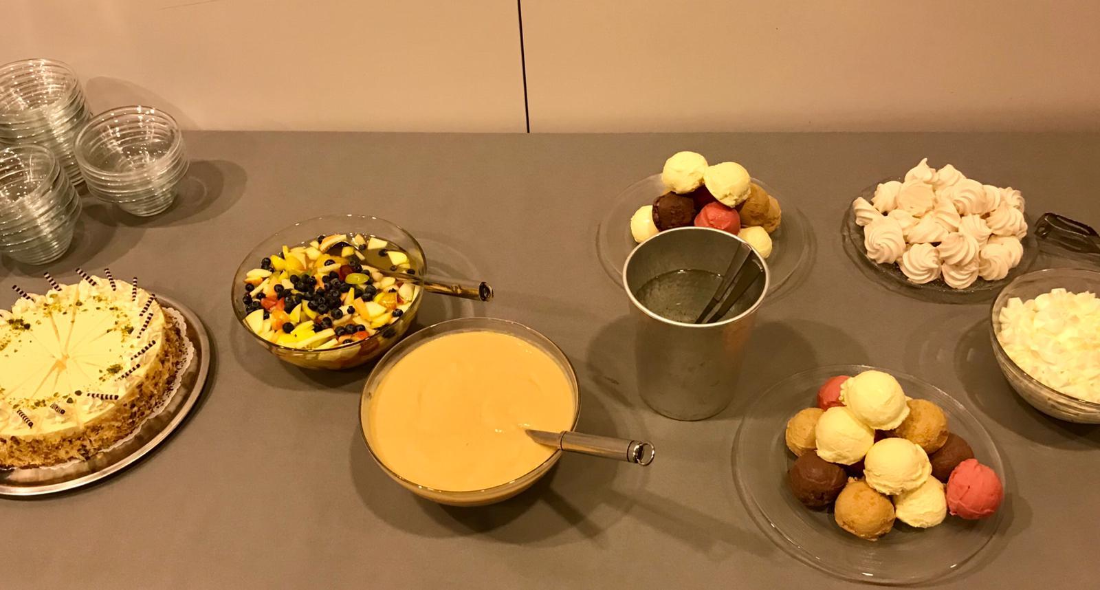 Zur Feier des Tages gab es ein feines Dessertbuffet