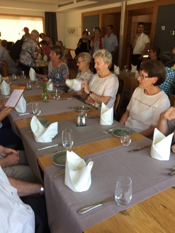 Mittagessen im Rührberger Hof in DE-Grenzach-Wyhlen