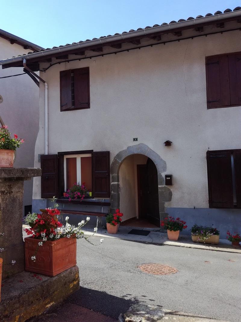Place du Pilori, une porte ancienne