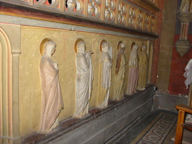 Bas relief (Eglise)