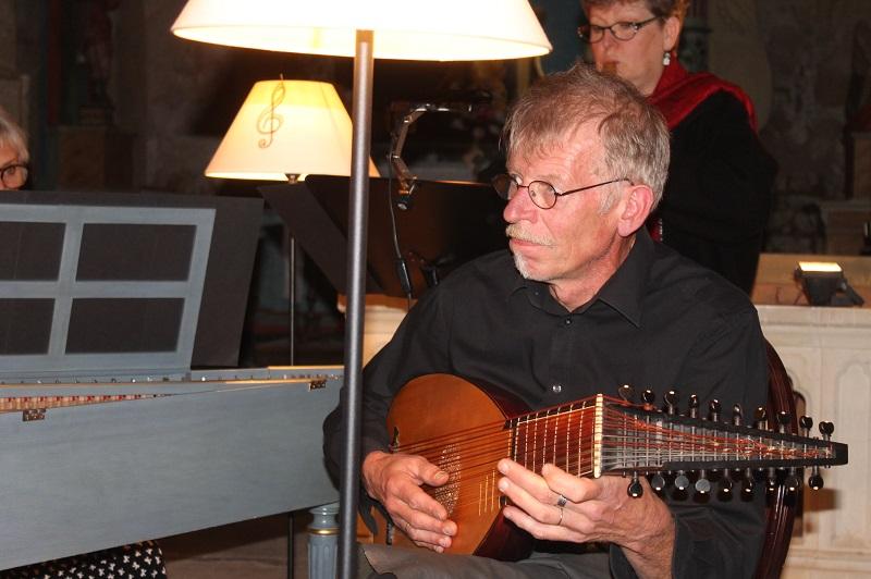 Henning Hoel - luth