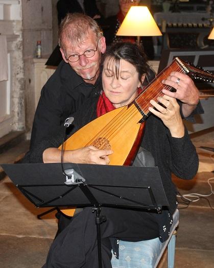 Henning Hoel et Geneviève Nicolas - Luth à 4 mains !