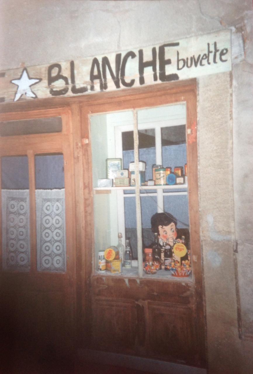 L'étoile blanche, épicerie-buvette