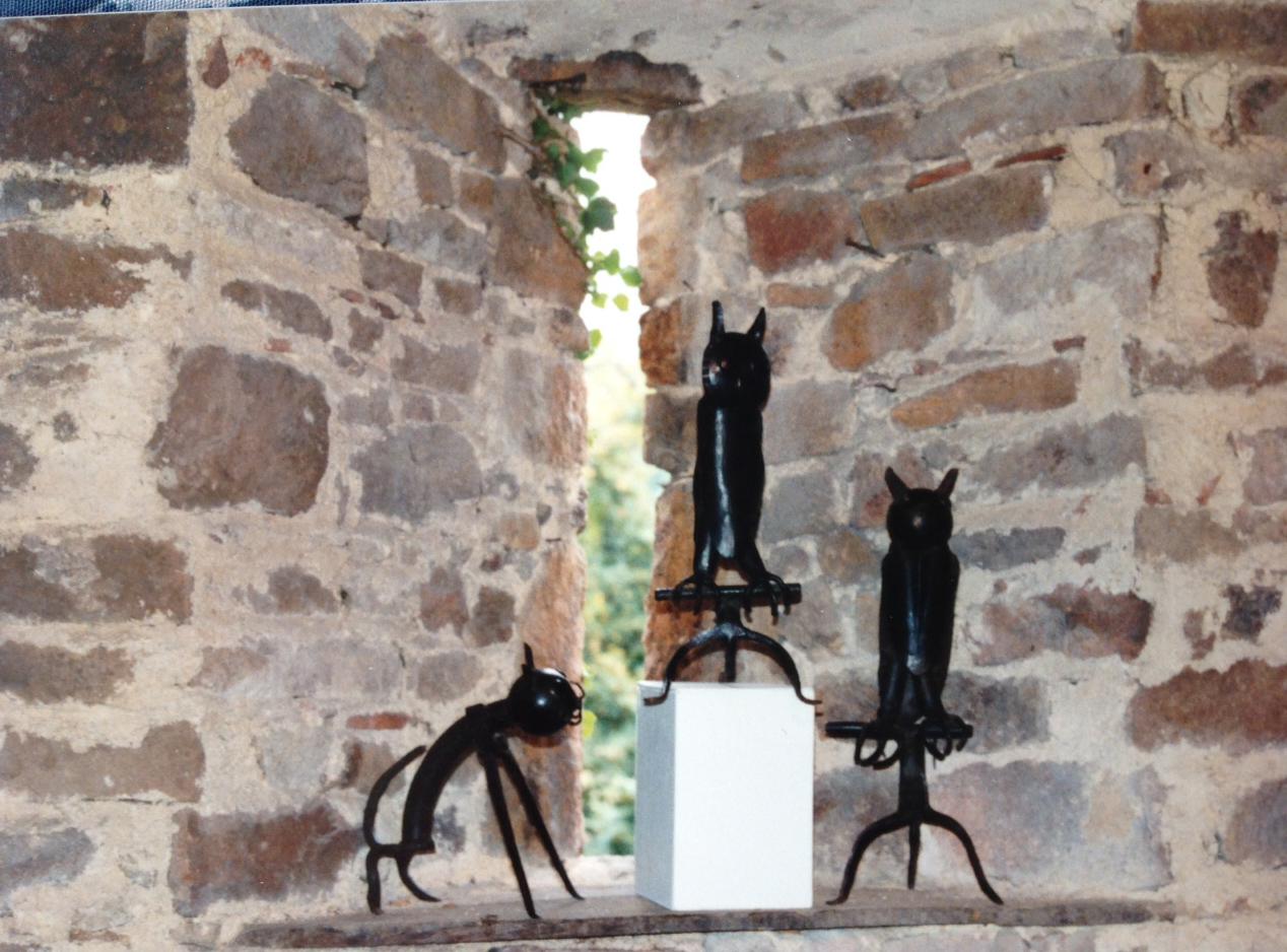 Chat et hiboux, M. Planche