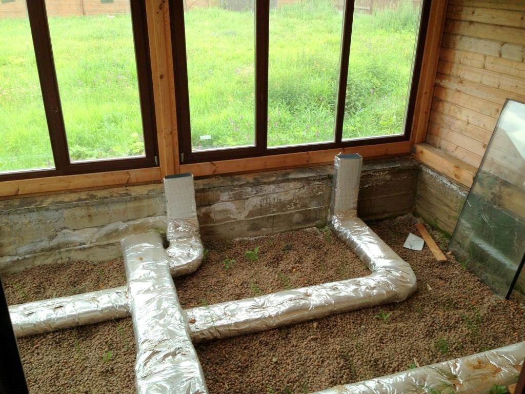 Воздуховоды отопления в зимнем саду. Коттедж на Истринском водохранилище