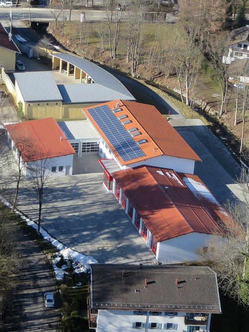 Dach, Feuerwehr + BRK-Zentrum Bad Wiessee