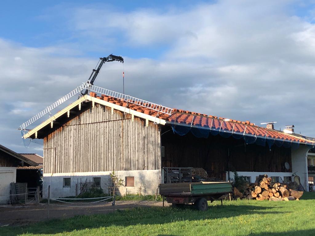 Dachsanierung eines landwirtschaftl. Anwesens