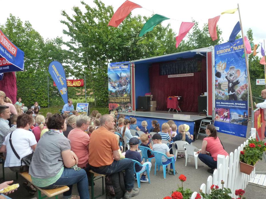 Puppentheater für die Region Karlsruhe begeistert mit seinen handgemachten Handpuppen und zeigt mit der Puppenbühne für jung und alt regelmäßig für die Sparkasse in Schulen unterwegs in ganz Deutschland aber auch Östereich und Schweiz und Brandenburg.
