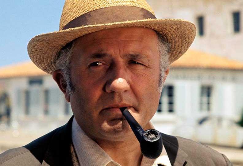 Jean Richard a incarné le premier Jules Maigret pour la télévision Française, une série commencée en 1967 et achevée en 1990, comportant 88 épisodes.