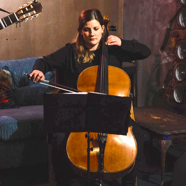 Alice Gräfin Grote, Cellolehrerin in Hamburg-Dulsberg