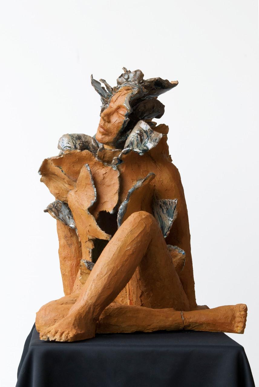 Joy is blue,sculpture femme  grès et émaux - vendue