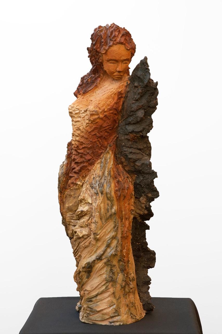 Noctulia, sculpture femme, grès et émaux - 900 euros