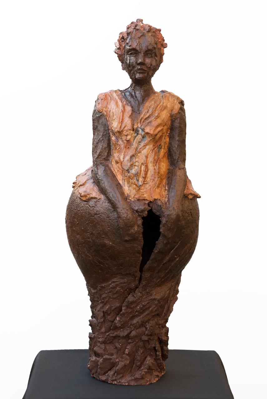 Louise, sculpture femme, terre patinée - 600 euros