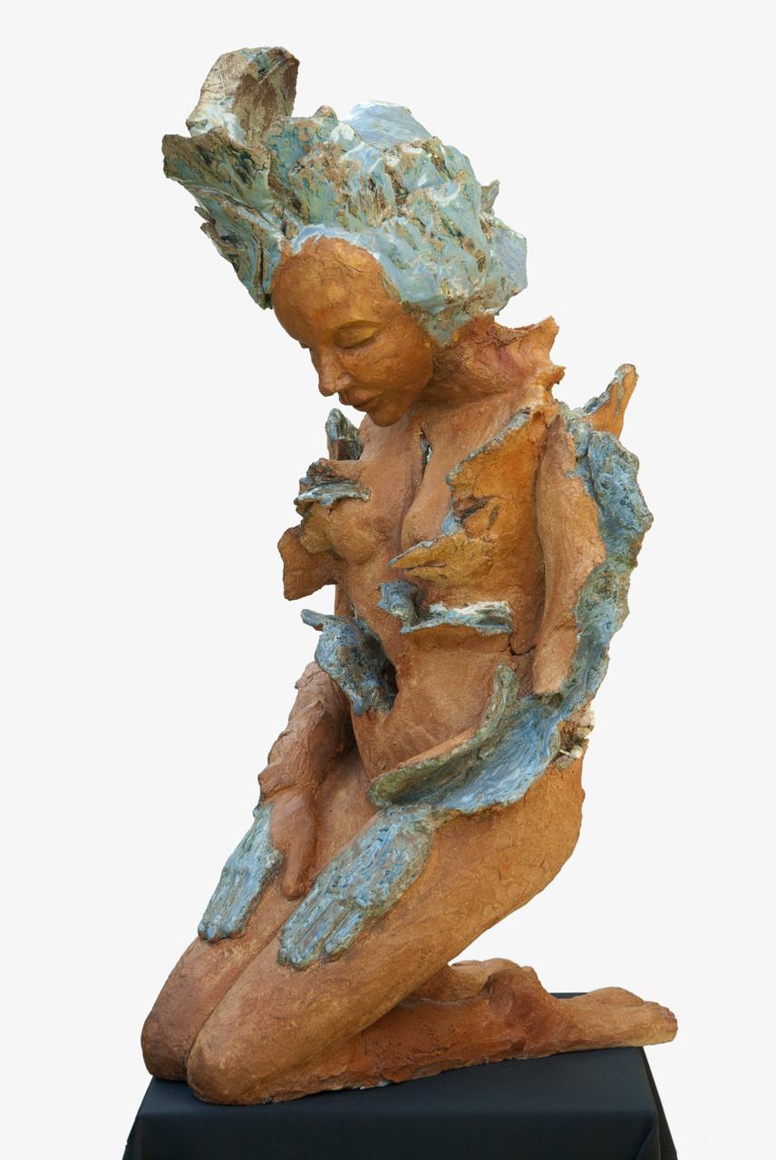 all is blue, sculpture femme grès et émaux - collection de l'artiste