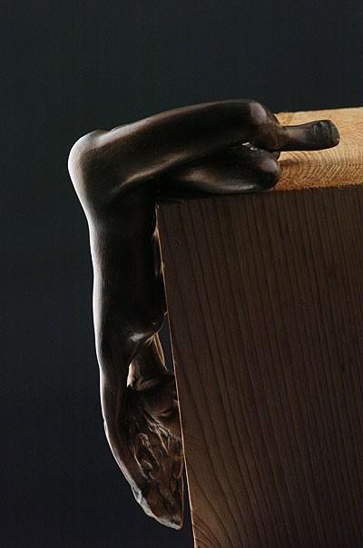 Tomée du Ciel,  sculpture femme, terre patinée ou bronze - 600 euros