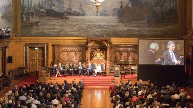 Der Senat würdigt das 60-jährige Bestehen der Körber-Stiftung mit einem Senatsempfang und 500 geladenen Gästen