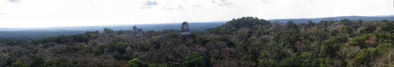 Highlight ist die Sicht von Pyramide IV