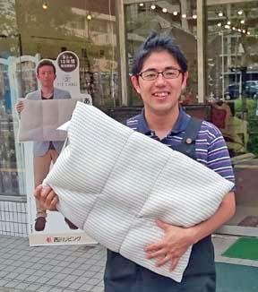福岡で1番のオーダーメイド枕! スリープキューブ和多屋の店長です。