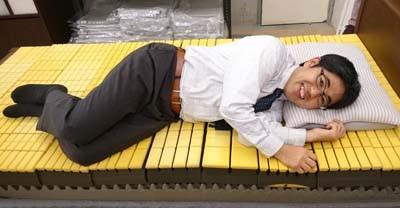 オーダーメイドの枕とベッドマットレス(敷布団)で快適!生活の質を上げませんか!枕とベッド専門店 「 スリープキューブ和多屋 」