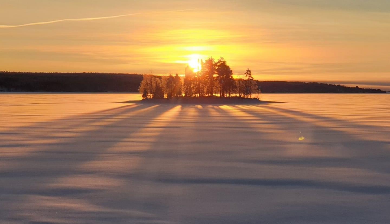 Snowmobil, Icefishing, Cross country skiing