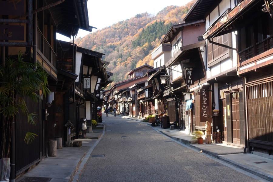 奈良井宿|日本最大の宿場町は圧倒的風情の町並み【長野観光スポット】