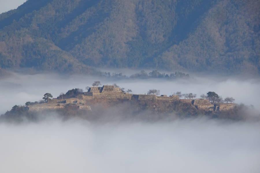 竹田城跡と立雲峡|天空の城と雲海を拝む撮影スポット【兵庫観光スポット】