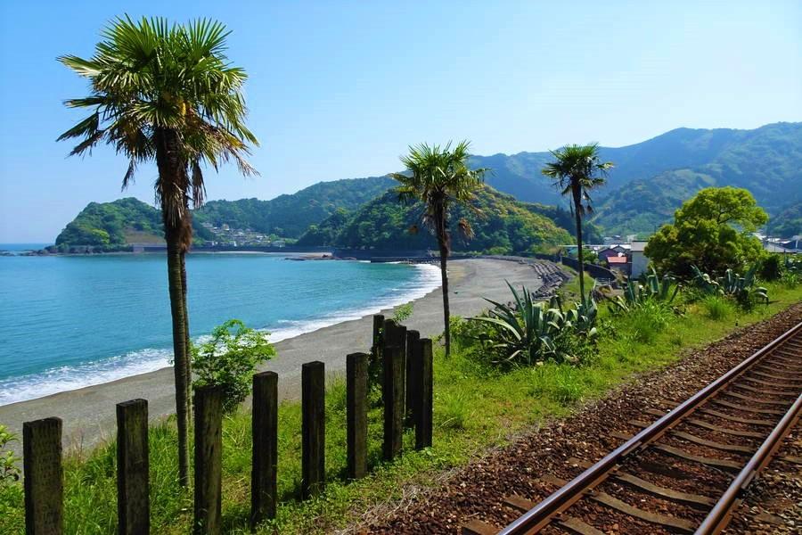 安和駅|下灘だけじゃない!南国の海が眼前にある絶景駅【高知観光スポット】
