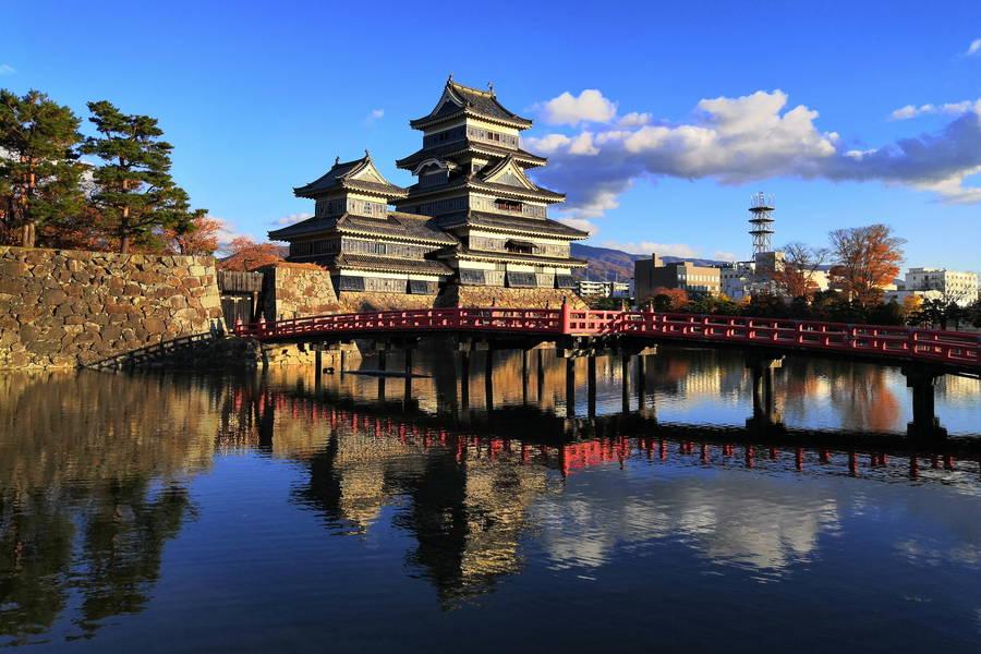 松本城|美しい現存12天守の昼の顔と夜の顔【長野観光スポット】