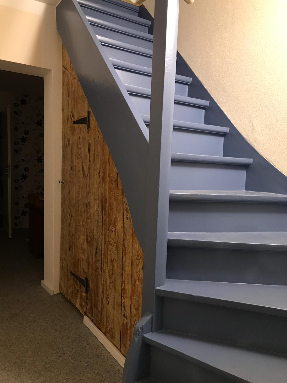 Treppe zur 2. Etage