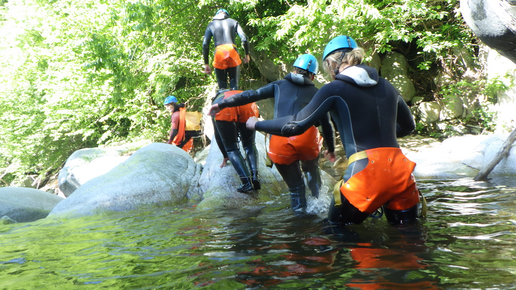 canyoning pyrenees orientales