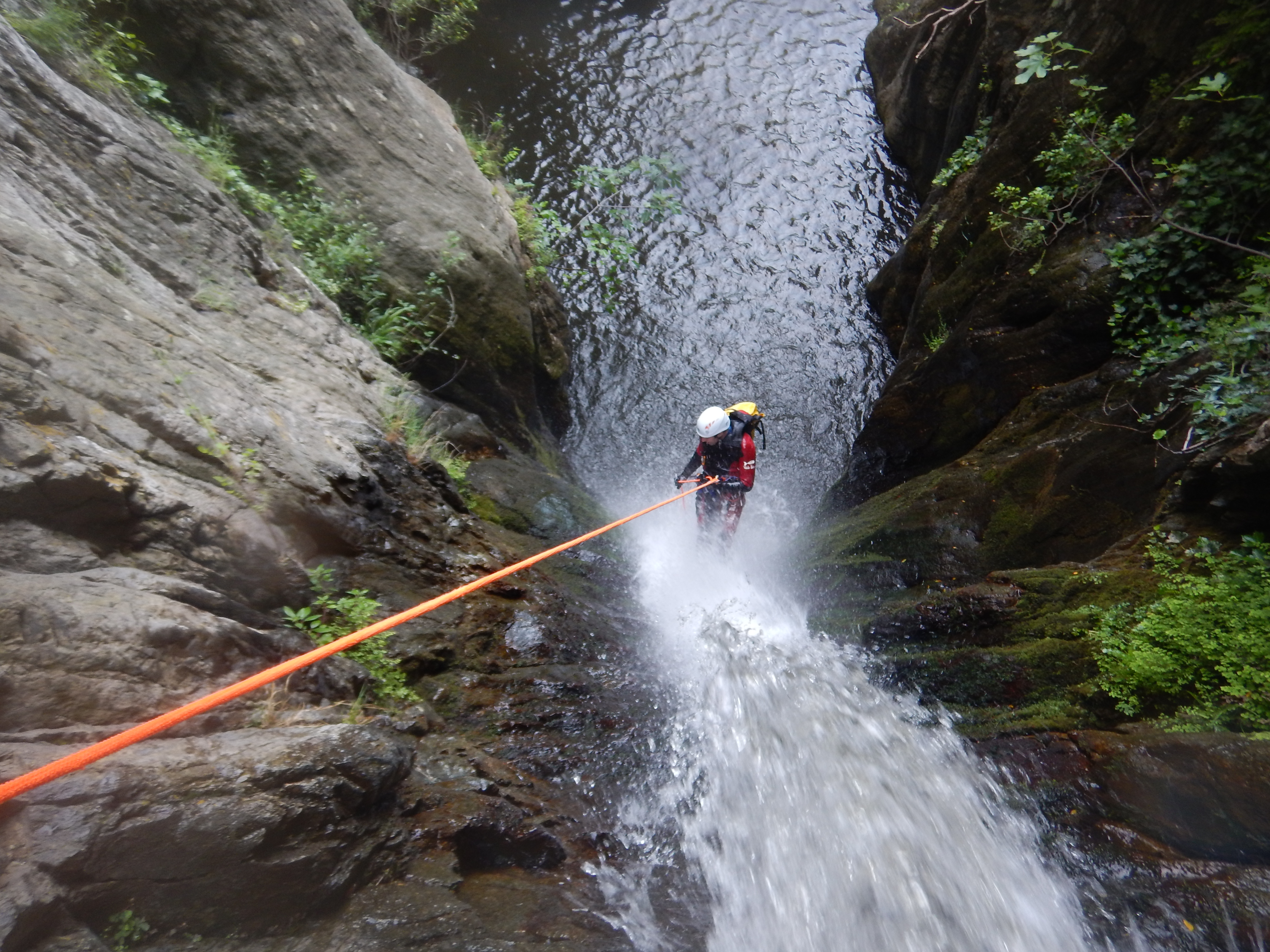 Canyoning Pyrénées orientales, canyon du Cady, canyon du mas calsan