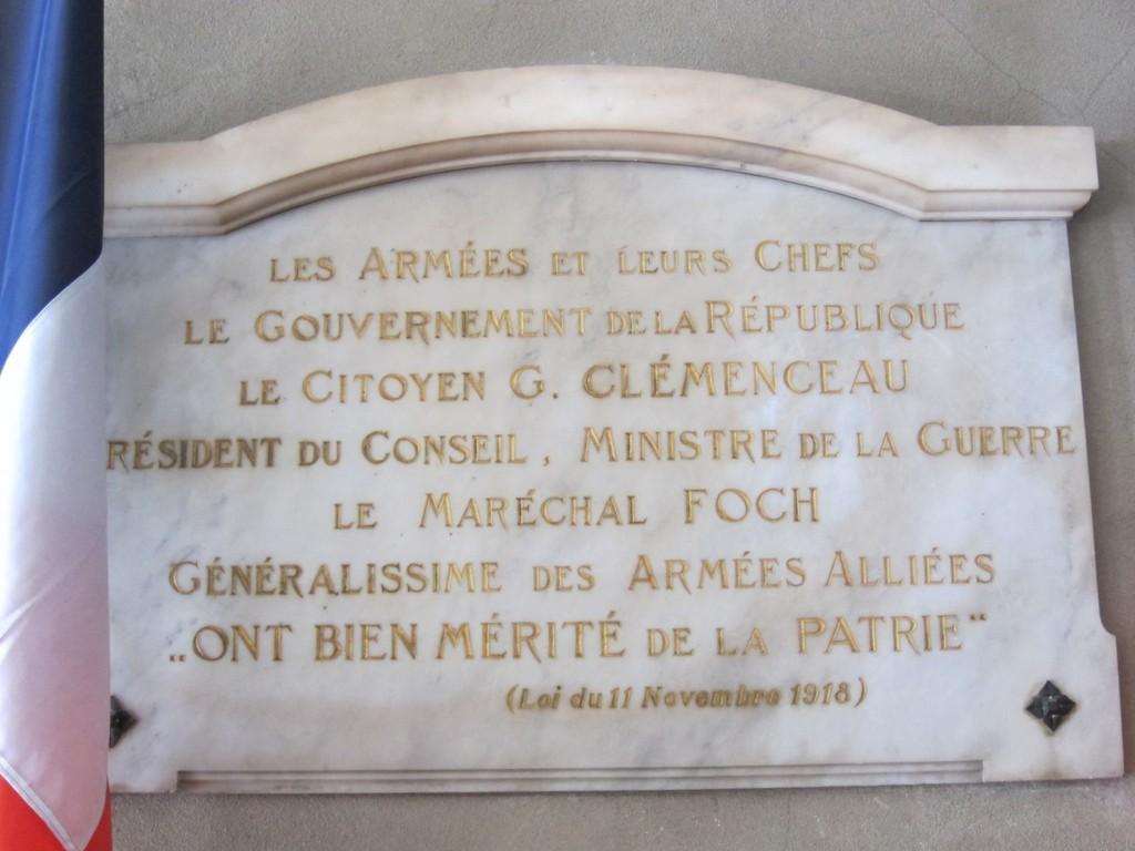 Réception dans le salon des Mariages de la Ville de Pont-A-Mousson