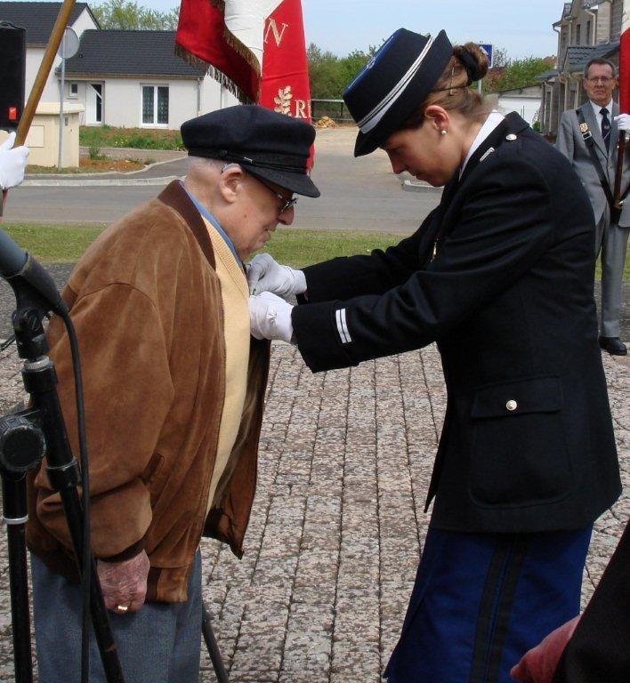 M. CURSOLLE  Max --  Médaille Militaire conférée par  Lieutenante CHAZAL Claire