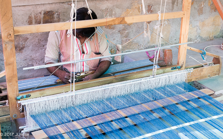 Métier à tisser manuel (Bhuj / Gujarat - Inde).