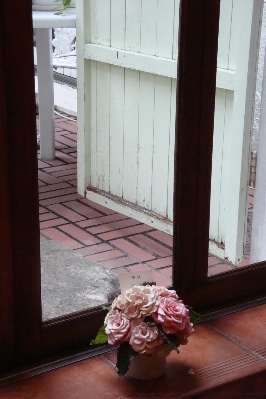 nature risheのお花が似合う
