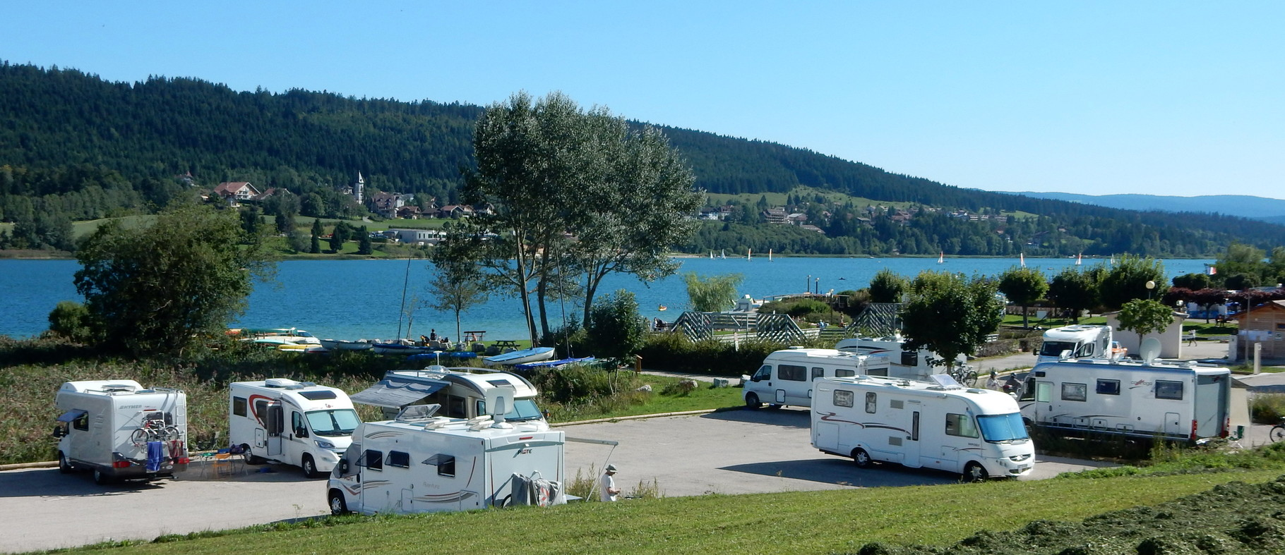 camping aire naturelle jura