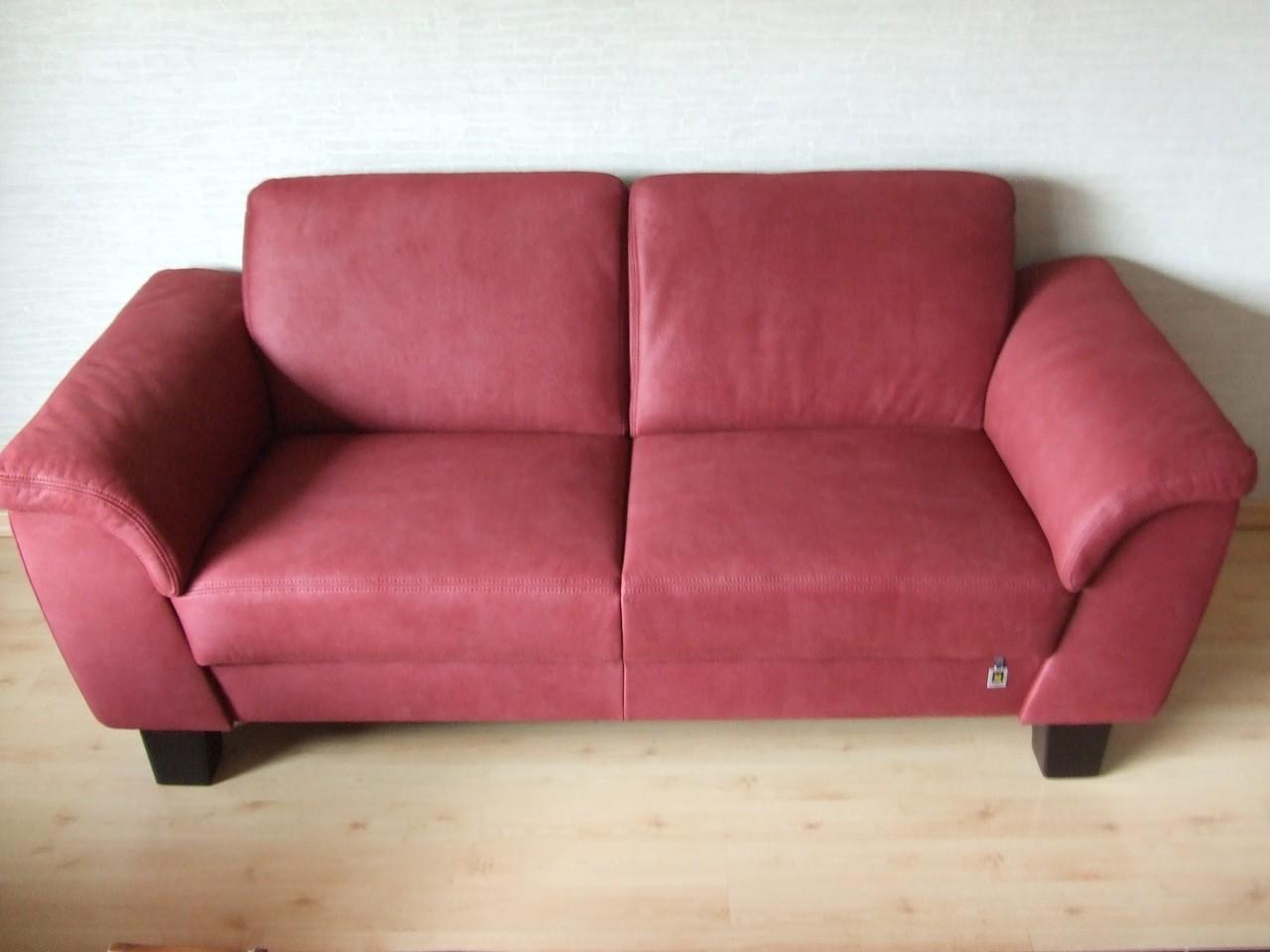 Geruche aus sofa entfernen ideen flecken aus dem sofa entfernen quelle imago gold natural Hundeurin aus sofa entfernen