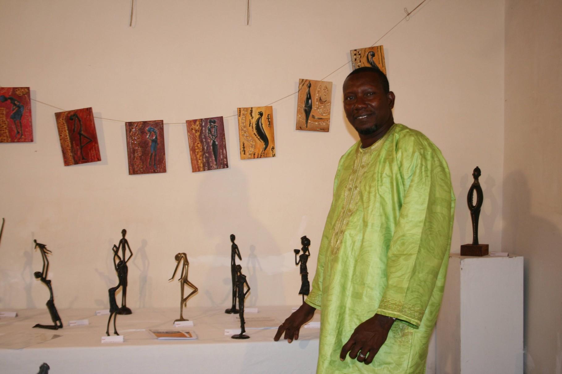 2013 - 24 Commune de Couze Saint Front - Exposition à la Maison Jardel -