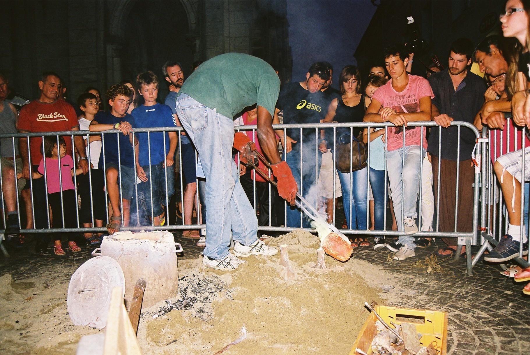 2014 - Valence d'Agen - Démonstration de coulage du bronze