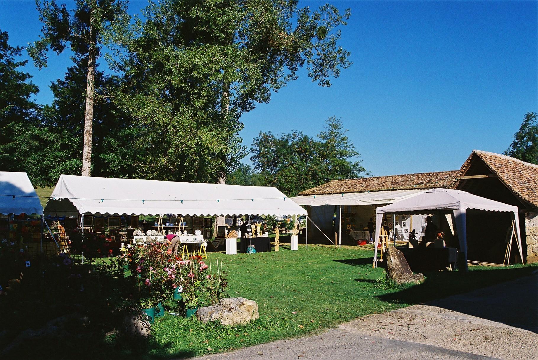 2013 - Commune de Queyssac et l'Association Au Bout des Doigts - Festival des Arts -