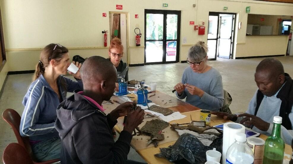 2017 - 24 Thiviers - Sigou - Atelier, technique du bronze à la cire perdue